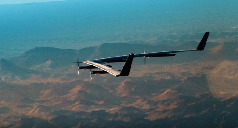 Facebooks-Aquila-solar-drone-london-pic