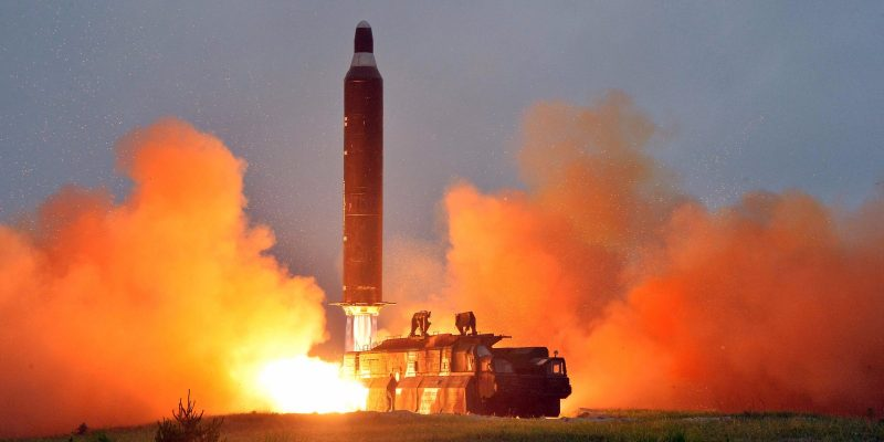North Korea NEW Missile Launch: Brief Guide How to Survive in Case of Attack