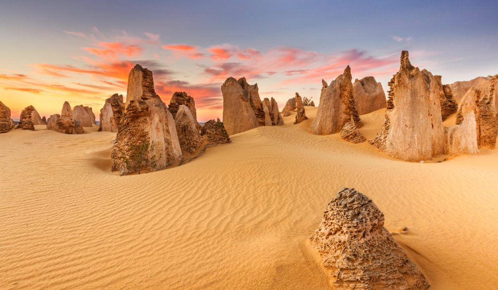 The-Pinnacles-Australia-photo