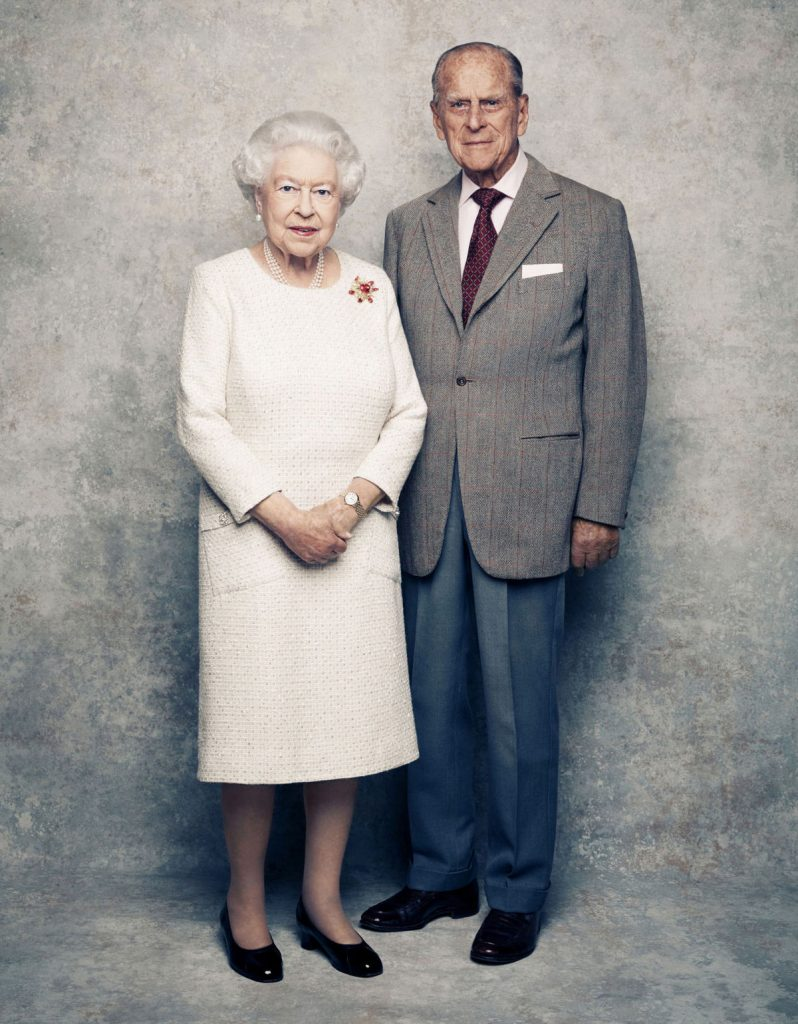 queen-elizabeth-philip-anniversary-photo
