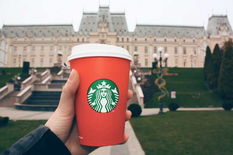 starbucks-cup-photo