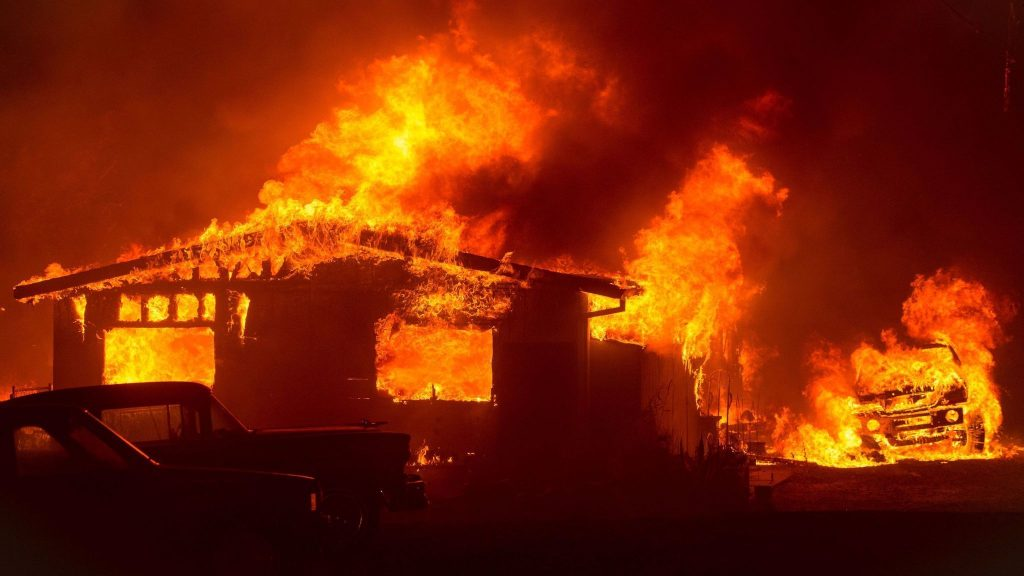 California Raging Inferno: Furious Wildfire Hit Ventura County