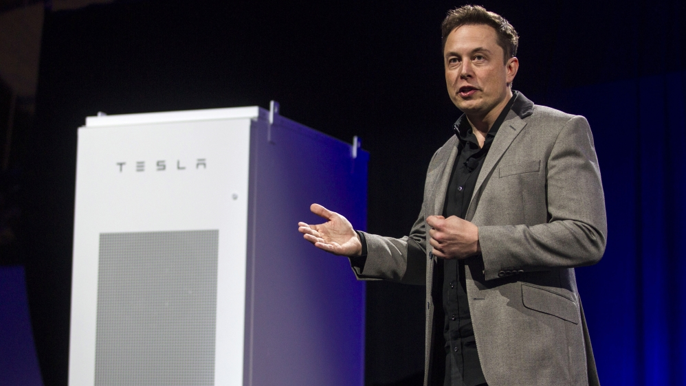 musk-lithium-ion-battery-Australia-photo