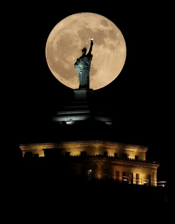 statue-of-liberty-supermoon-ny-photo