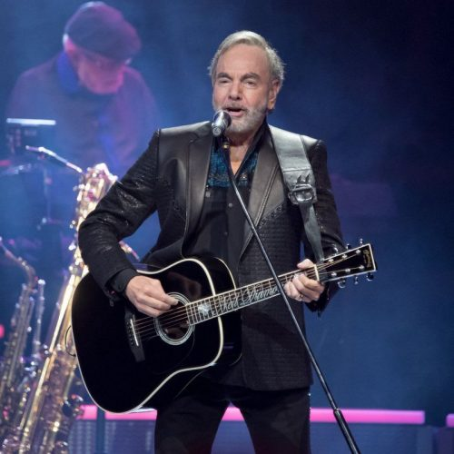 Neil-Diamond-Parkinson-Diagnosis-photo