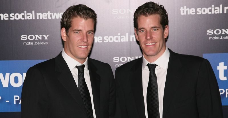 winklevoss-twins-bitcoin-photo