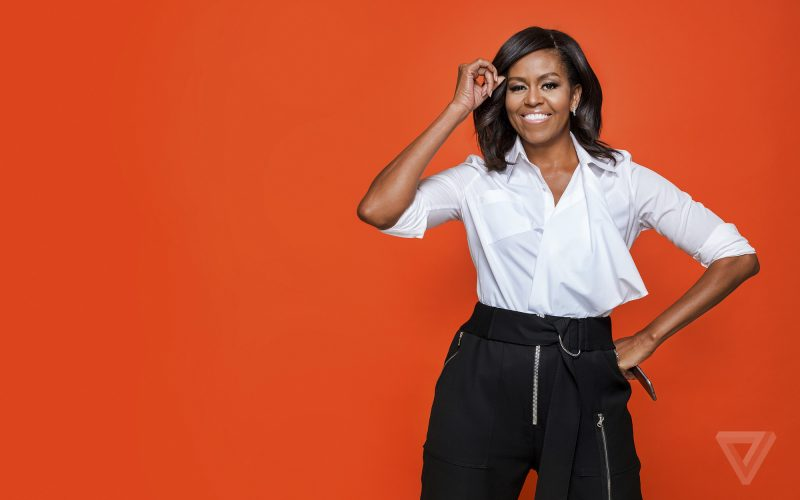 Michelle-Obama-becoming-book-photo