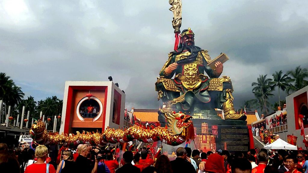 5 MUST-VISIT Places for Chinese New Year Holidays 2018 - Pack your Bag!