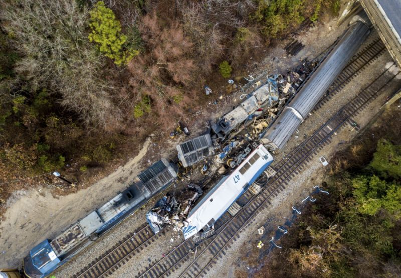 south-carolina-amtrak-crash-photo
