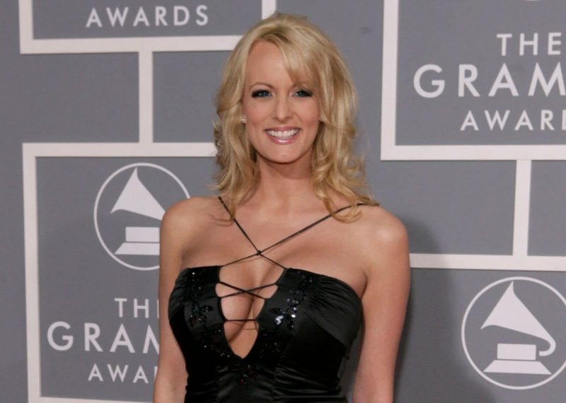 stormy-daniels-trump-scandal-photo