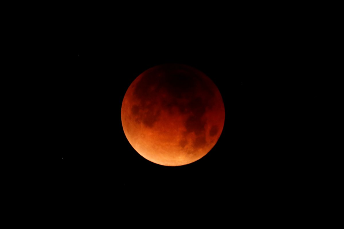 super-blue-blood-moon-pic