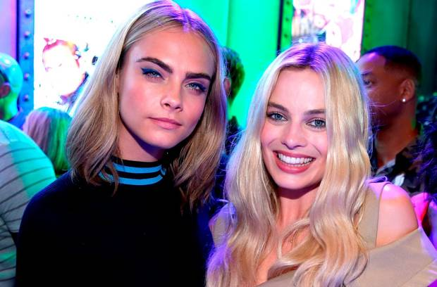 Cara-Delevingne-Margot-Robbie-photo