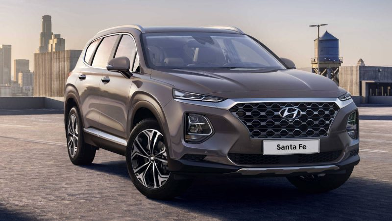 Hyundai-Santa-Fe-photo
