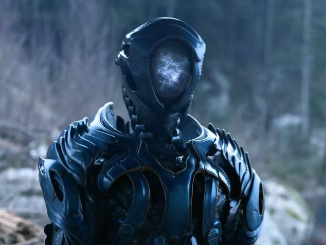 "4 TOP Reasons ""Lost in Space"" Reboot Will Be a Success - The Robot Is Here Too"