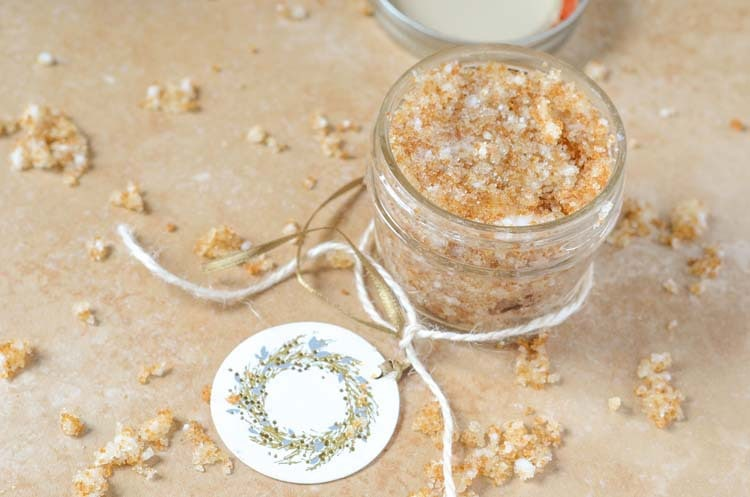 vanilla-brown-sugar-scrub-pic