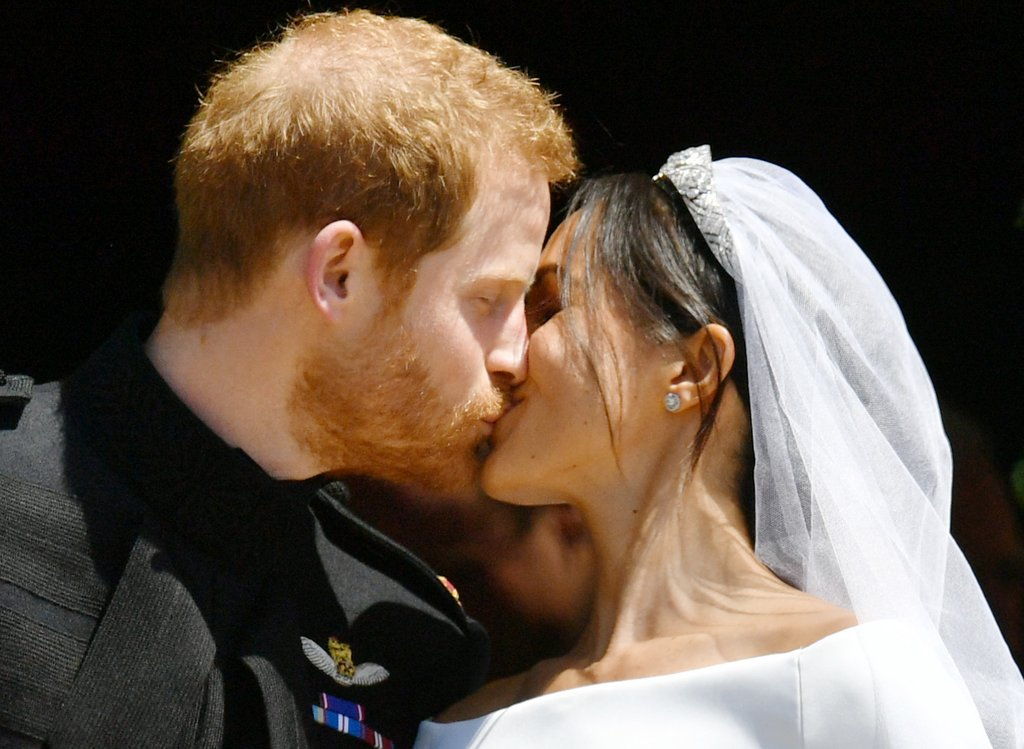 Prince Harry and Meghan Markle Royal Wedding: Lips Reading, Funniest Memes and Lots of Stunning Photos