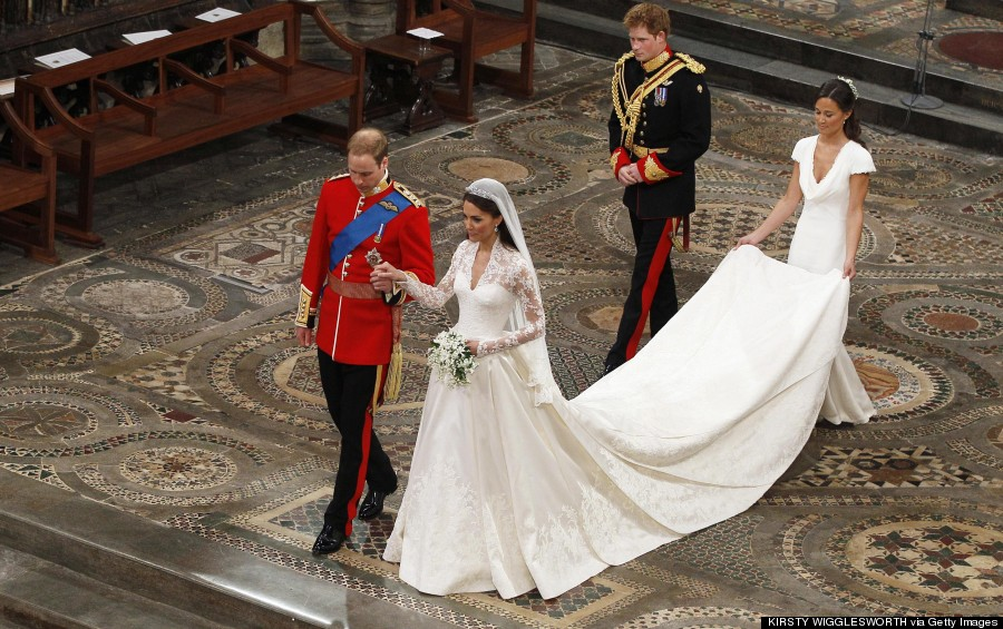 Royal Wedding Gowns: Meghan Markle\'s + 4 Other Iconic Wedding ...