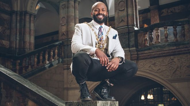 For the First Time Ever: Former Refugee Magid Magid from Somalia Takes Sheffield Lord Mayor Post as Youngest Candidate