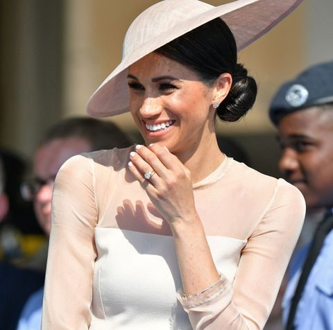 Prince Harry and Meghan Markle First Official Appearance, Zuckerberg EU Hearing + 3 More HOT Things to Know About World (WED)