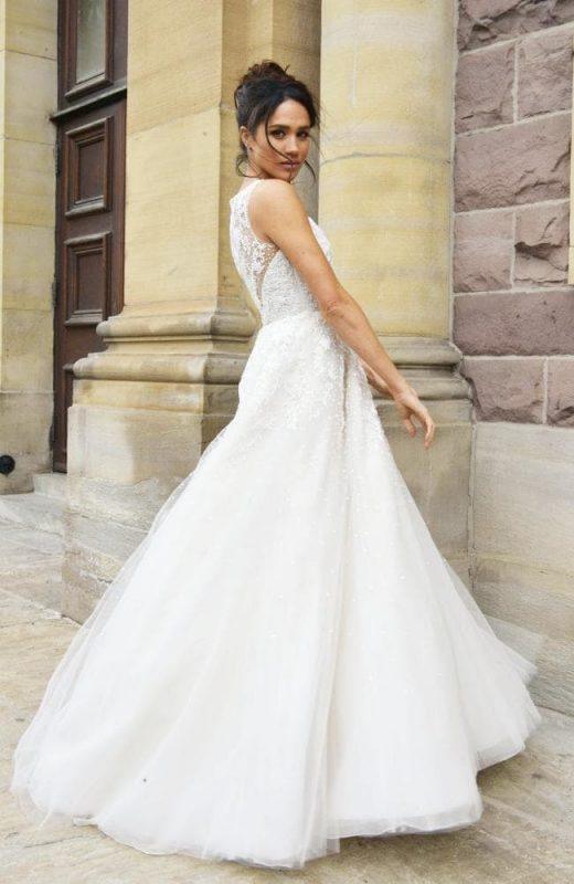 Markle Wedding Dress.Best Royal Wedding Gowns Meghan Markle S 4 Other Iconic Wedding