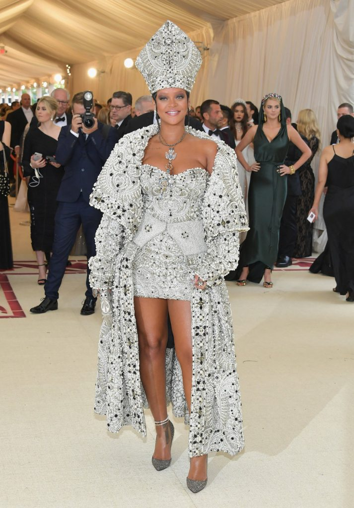 rihanna-met-gala-photo
