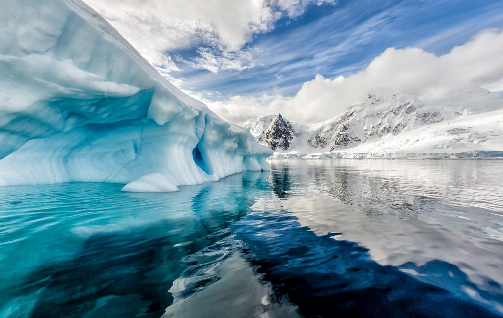 antarctica-canyon-discovered-pics