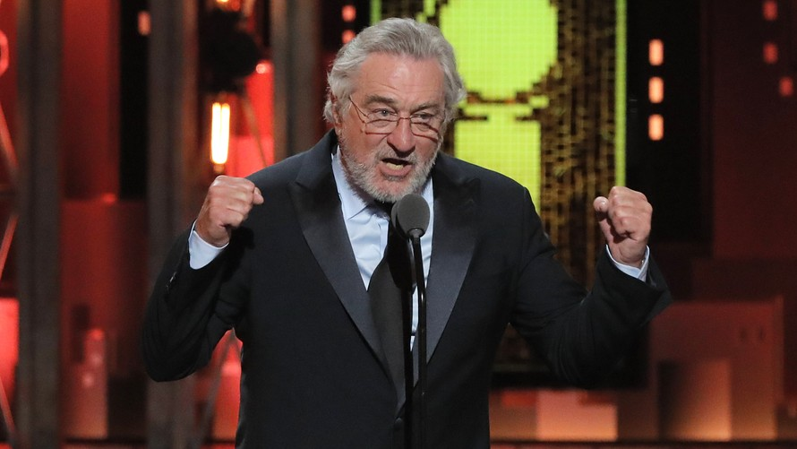 "Tony Awards 2018: Complete List of Winners, Robert DeNiro and His ""F-word Trump"" + 3 More Highlights (PHOTOS)"