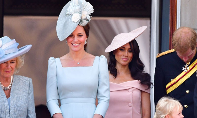 Style-Advice-From-Kate-Middleton-and-Meghan-Markle-pic