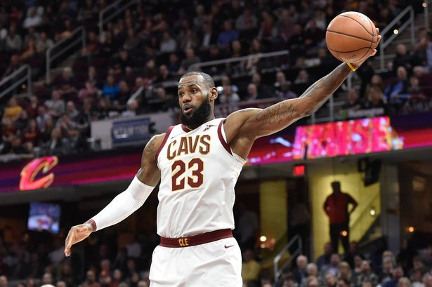 LeBron James $154M Contract with the Lakers, Tesla Hits Model 3 Manufacturing Goal + 3 More HOT News to Know About World (MON)