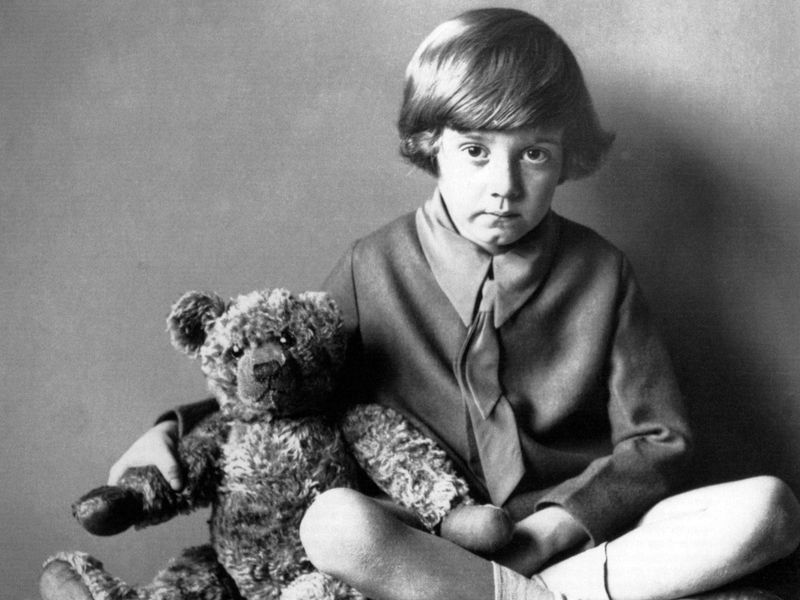 christopher-robin-winnie-the-pooh-real-story-photo