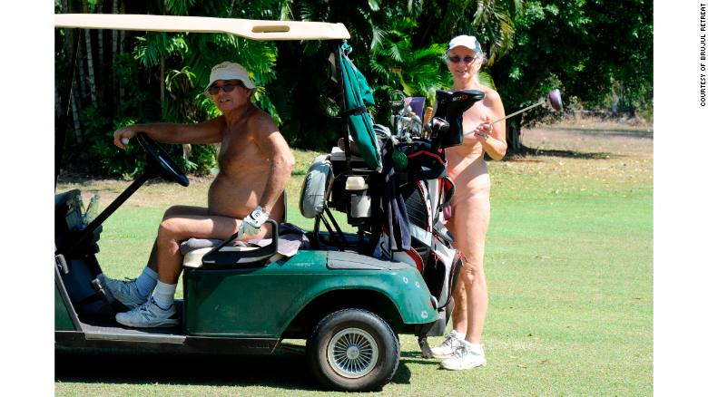 nude-golf-exlarge-australia-photo