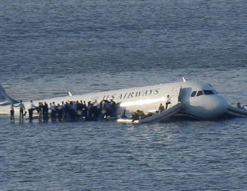 "Boeing 737 Crash in Micronesia Is a New ""Miracle on the Hudson"" + 6 Other Aircrafts Incidents That Luckily Ended With No Fatalities At All"