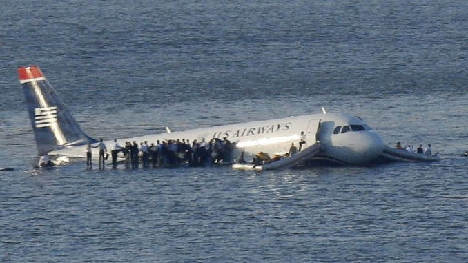 planes-crash-people-stay-alive-photo