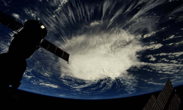 hurricane-florence-usa-storm-photo