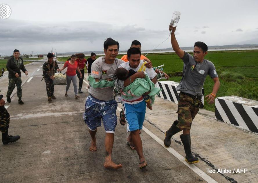 64 Killed in Typhoon Mangkhut, Philippines, J. Bieber Applies for US Citizenship + 3 Other HOT News To Know About World (MON)
