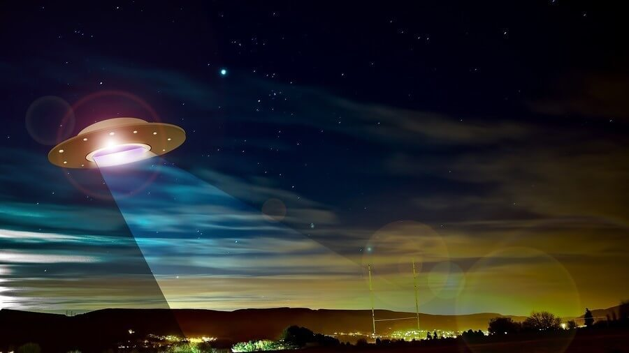 Sorry to Disappoint: 'Very Fast' UFO Seen Above Ireland Was Probably a Meteorite, Astronomer Said