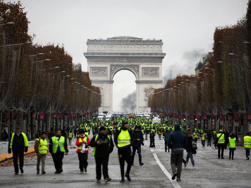 france-yellow-vests-protests-photo