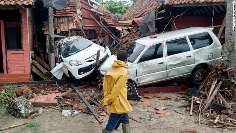 Indonesia Tsunami: At least 281 People Killed, Thousand Injured in Java and Sumatra After Volcanic Eruption