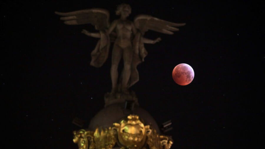 10 Marvelous Pics of Super Blood Wolf Moon In Case You Missed It