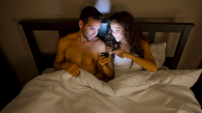 6 Amazing Foreplay Apps to Spice Things Up in Your Bedroom