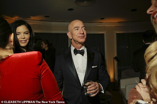 jeff-bezos-new-girlfriend-photo