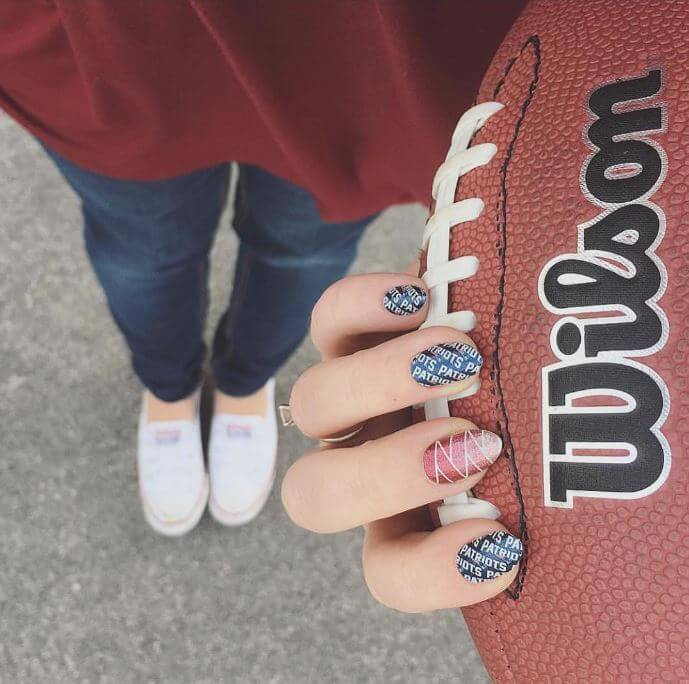 Can't Wait till Super Bowl 2019? Grab These 9 Nail Art Ideas For True Fans!