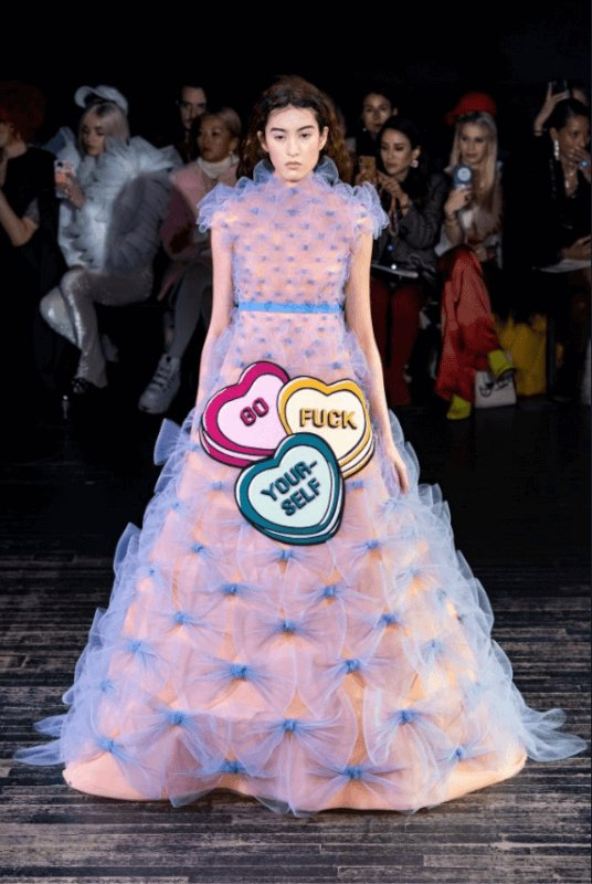 viktor-and-rolf-Haute-Couture-2019-viral-photo