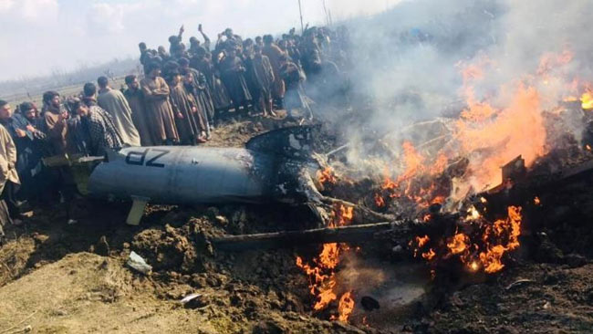 Pakistan-shoots-down-two-Indian-fighter-jets-pic