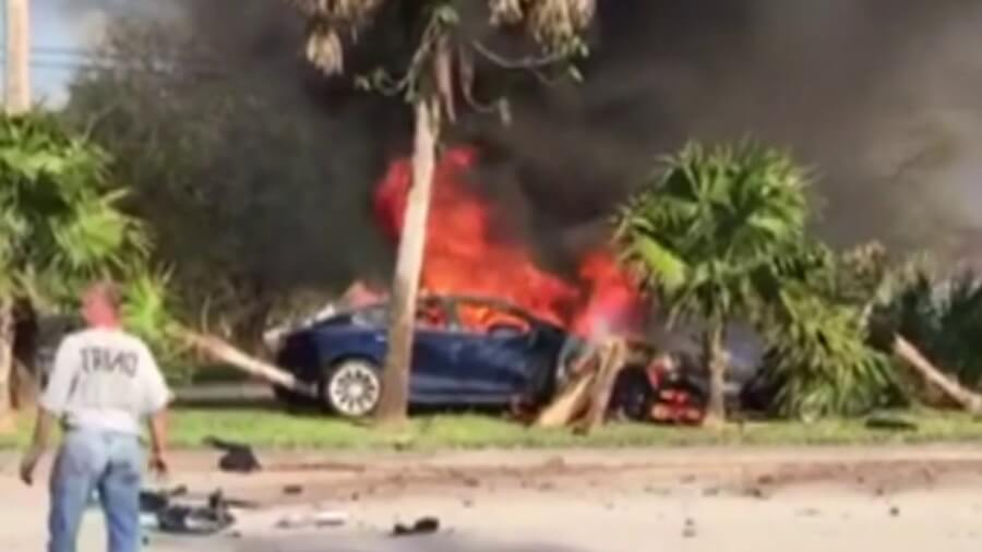 tesla-florida-crash-pic