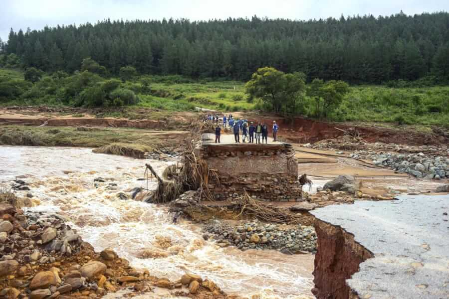 Floods-cyclone-idai-photo