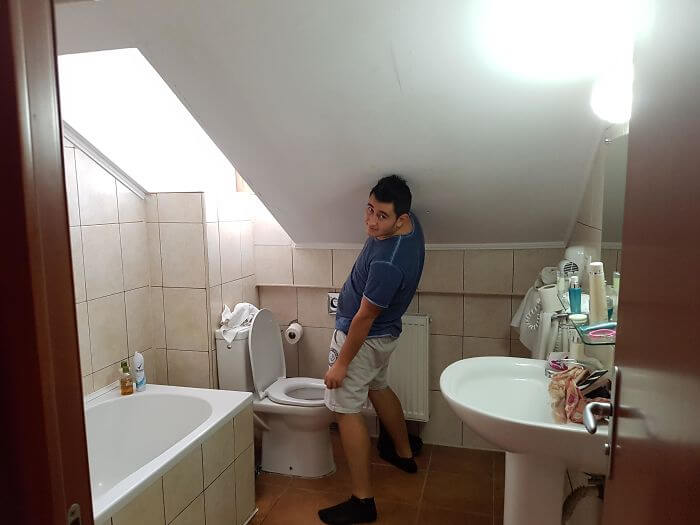 10 Absolute Worst Yet Hilarious Hotel Fails - Bathroom in the Middle of a Room? (PART 1)