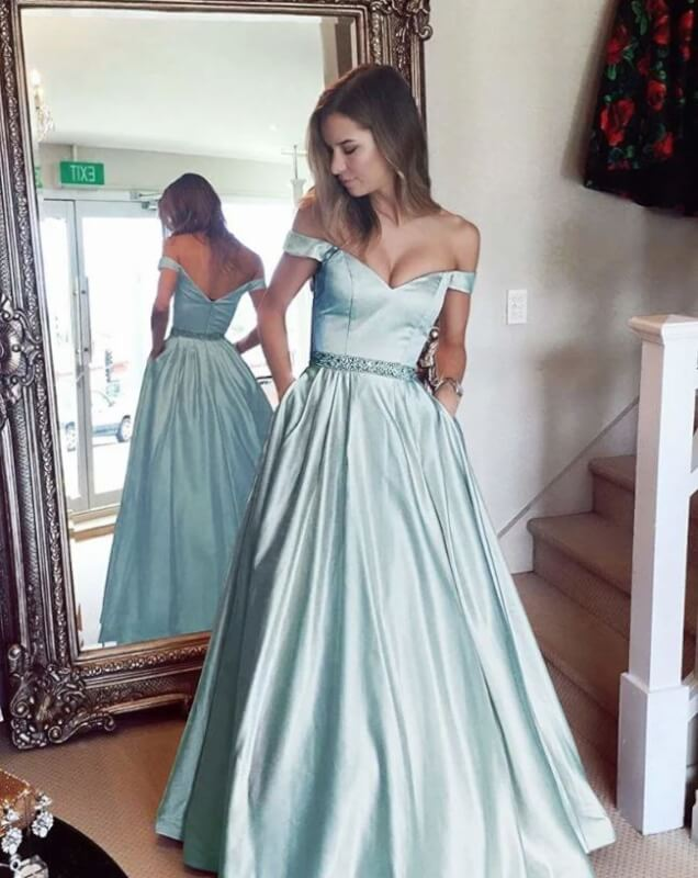 10 BEST Prom Dresses You Can Get Online for Stunning Girls in 2019