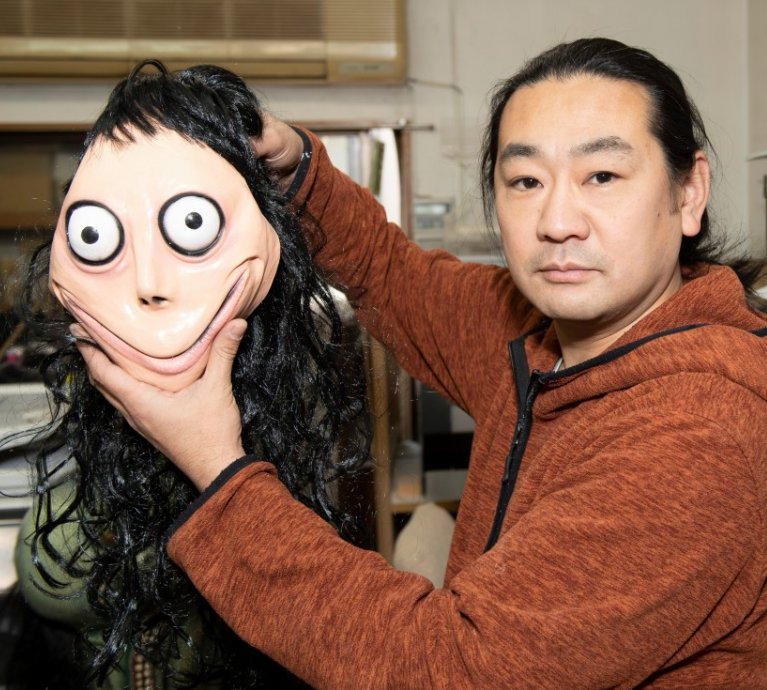 momo-creator-killed-sculpture-pic2