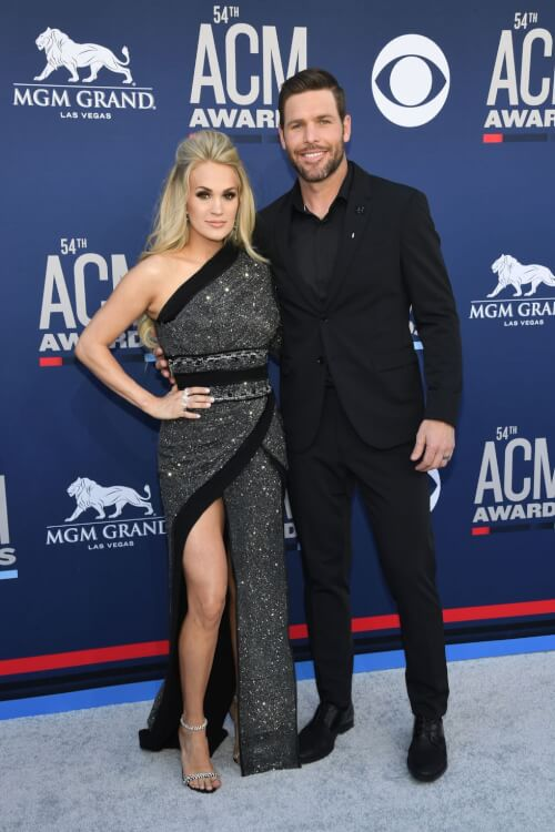 celebs-red-carpet-acm-awards-2019-photo